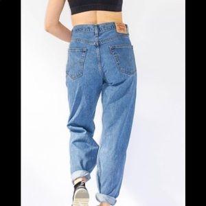 Amazing Vintage high waist Mom jean Levi's
